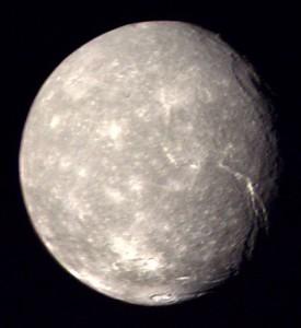Titania, la mayor luna de Urano