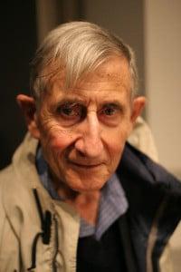 Freeman Dyson, el 5 de octubre de 2005 Crédito: Fotografía hecha por el usuario de Flickr ioerror, Jacob Appelbaum
