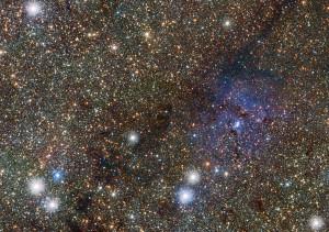 En la nebulosa Trífida hay varias estrellas variables Cefeidas. Crédito: ESO/VVV consortium/D. Minniti
