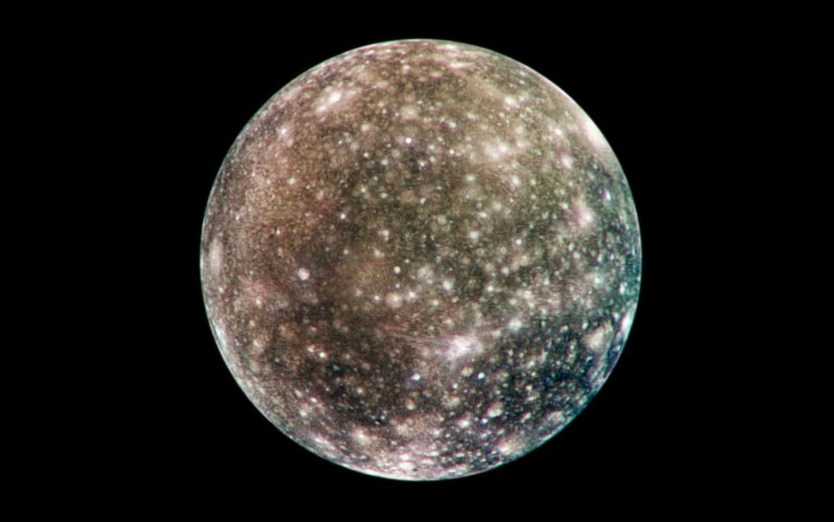 Calisto, el satélite inerte de Júpiter