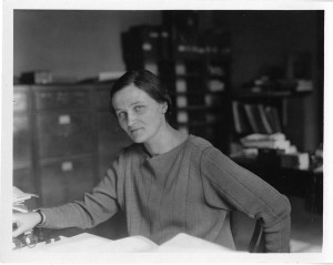 Cecilia Payne en su trabajo. Crédito: Smithsonian Institution from United States