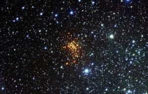 El cúmulo abierto Westerlund 1. Crédito: ESO/VPHAS+ Survey/N. Wright