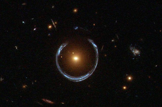 Usando quásares para medir la expansión del universo