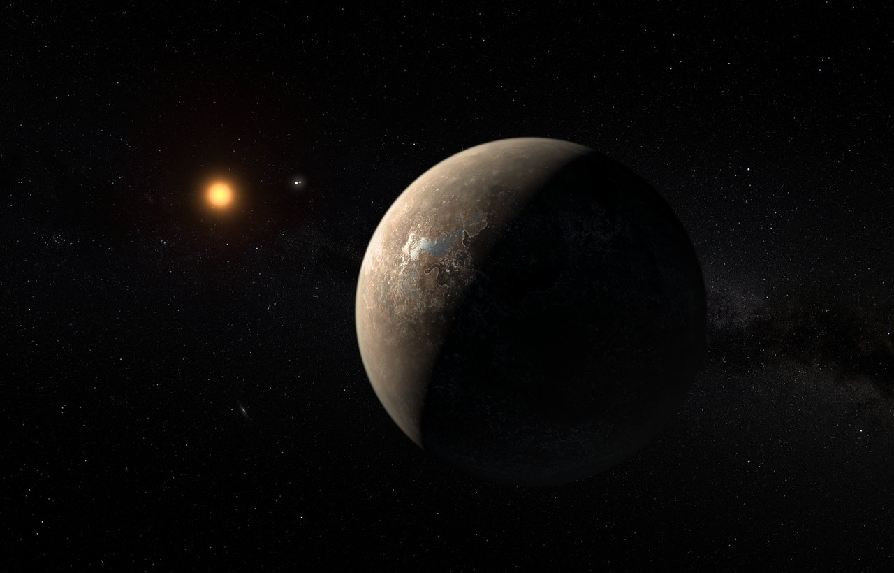 Concepto artístico del planeta, Próxima b, orbitando alrededor de su estrella, con Alfa Centauri A y B al fondo. Crédito: ESO/M. Kornmesser