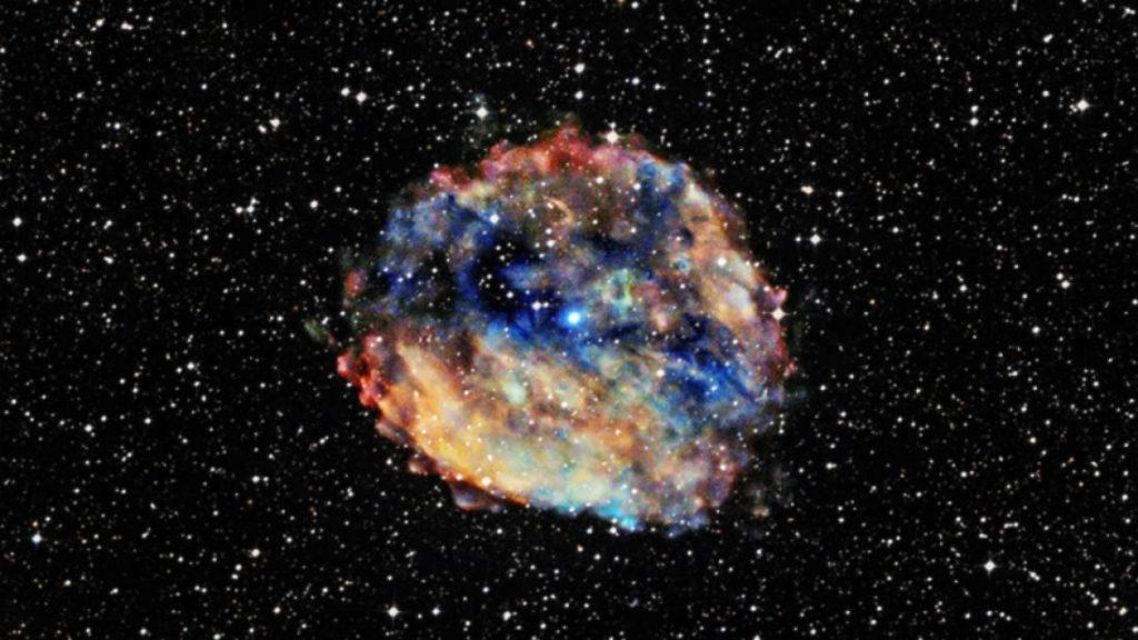 Una supernova explotó cerca de la Tierra en el pasado