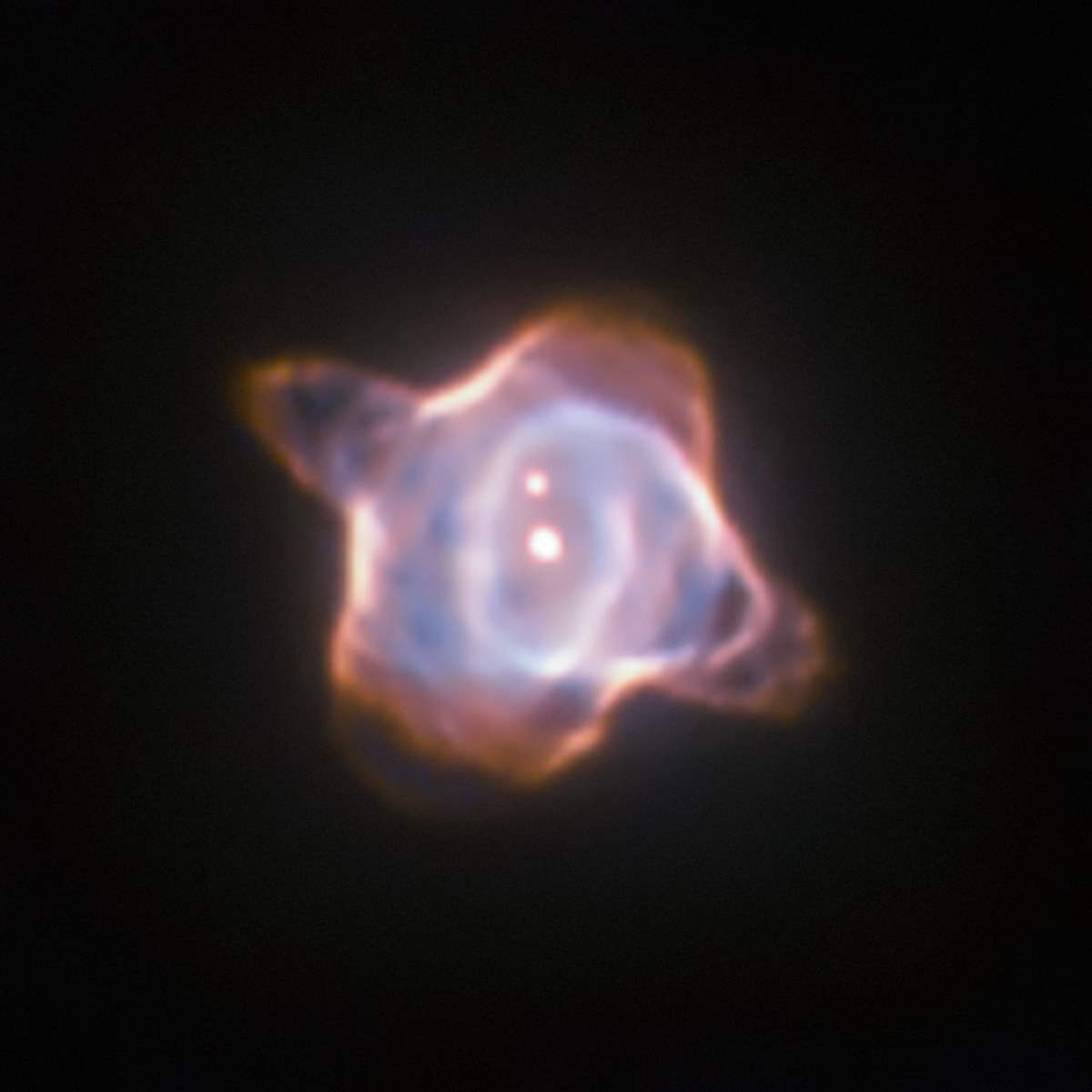 Observando el renacimiento de una estrella