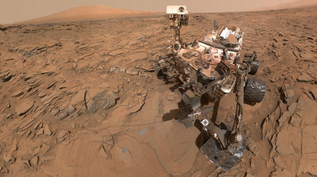 Curiosity halla pistas de un viejo oasis en el cráter Gale