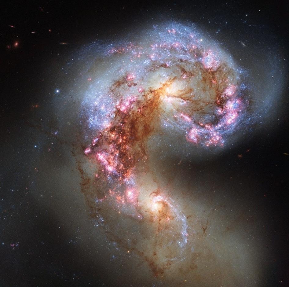 Resultado de imagen de La colisión entre galaxias nos llevan a formación de estrellas