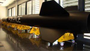 Maqueta a tamaño real del cohete suborbital Arion 1, en PLD Space. Crédito: PLD Space