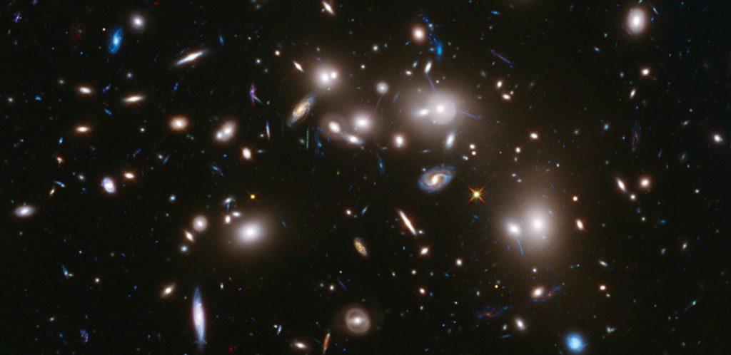 Hexaquark: posible materia oscura... y partícula inmortal