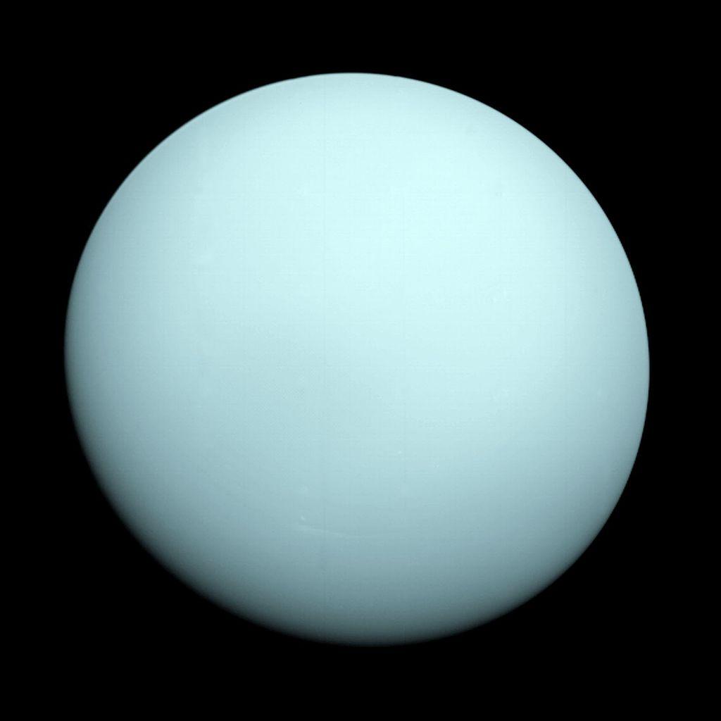 La inclinación del eje de Urano… ¿a qué se debe?
