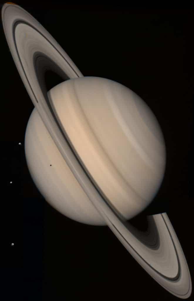 El origen de Halloween y Joyas del Sistema Solar 1x08