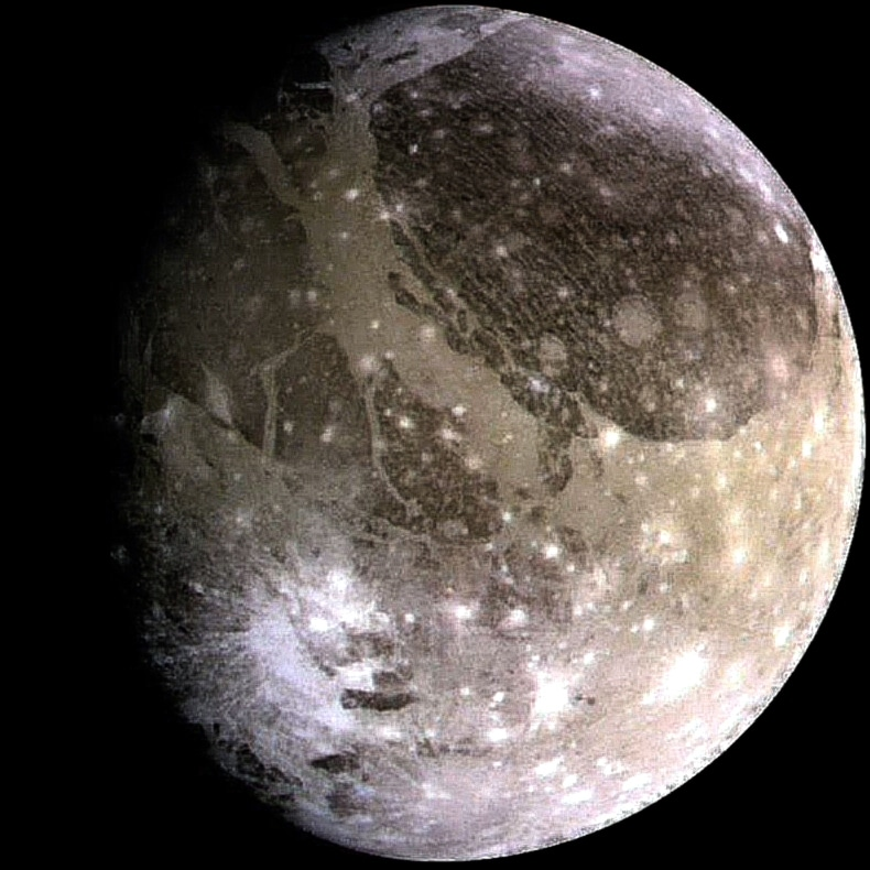 Ganímedes, el satélite más grande del Sistema Solar