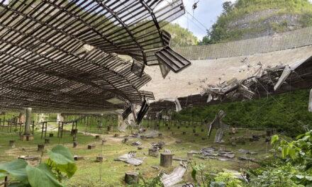 Un cable ha dañado el radiotelescopio de Arecibo