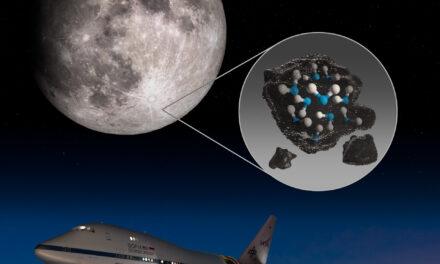 Detectan moléculas de agua en la Luna